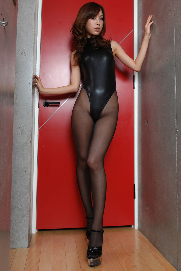 Women wearing shiny tight clothes  pantyhose in 2019  Latex bodysuit Latex leotard Black