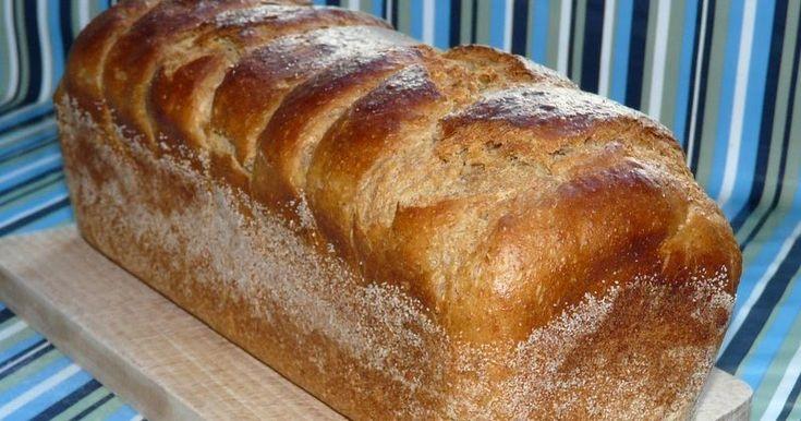 Zdrowy chleb maślankowy z dodatkiem mąki żytniej