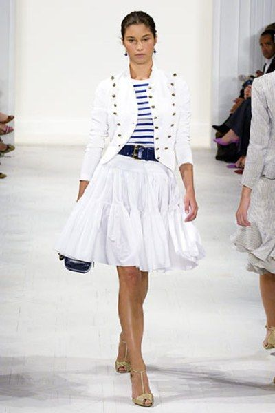 See the complete Ralph Lauren Spring 2006 Ready-to-Wear collection.