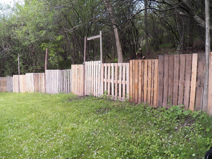Free Pallet Fence 100ft Long Cute Gardening Ideas
