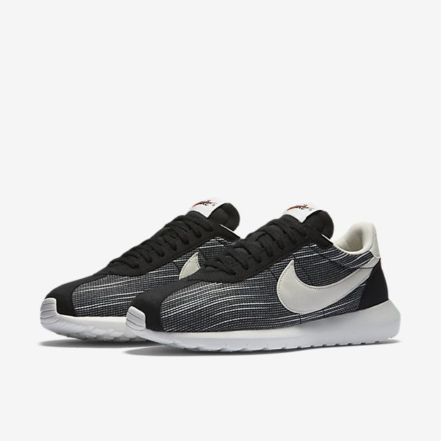 Women's Nike Roshe Casual Shoes Black/Orange-Summit White NIB in Clothing,  Shoes & Accessories, Women's Shoes, Athletic