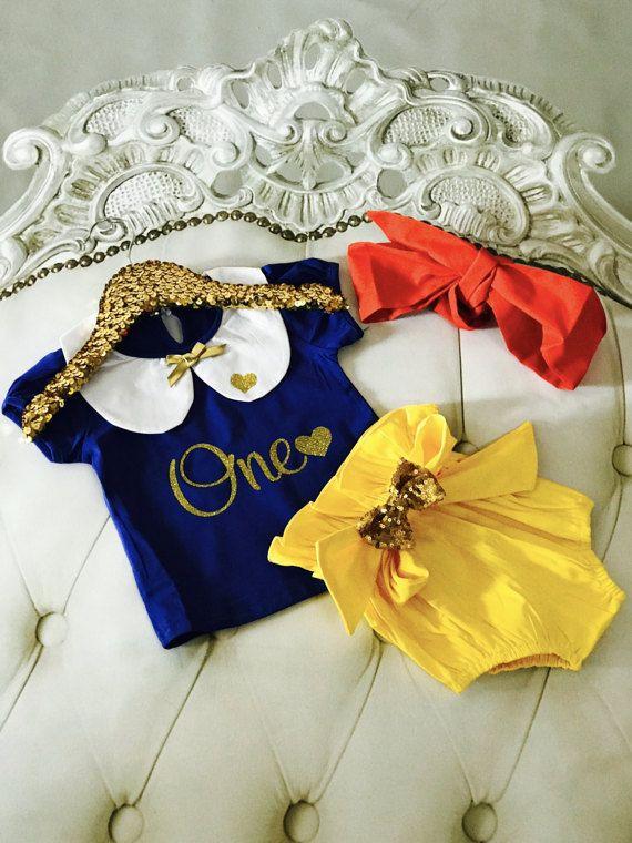 Snow White Inspired Birthday Set / Sparkly Set / Glitter One / First Birthday / One Birthday / Cake Smash / Snowwhite / Baby Girl Outfit