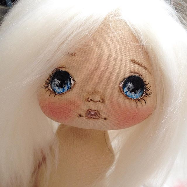 Вот такой у меня светлый ребенок рождается;) а эти волосы мммм.... нежнейшие…