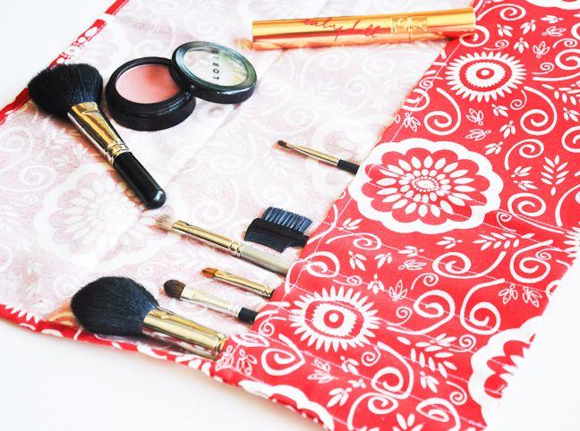 DIY: makeup brush roll