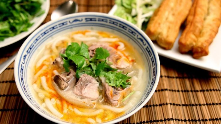 Banh canh gio heo - Vietnamese thick noodle soup with pork hock. If you want to know how to cook it, please visit our website at http://danangfoodie.com/vietnamese-thick-noodle-soup-with-pork-hock-banh-canh-gio-heo/.  #banhcanh #thicknoodlesoupwithporkhock #noodle  #streetfood #porkhock #danang