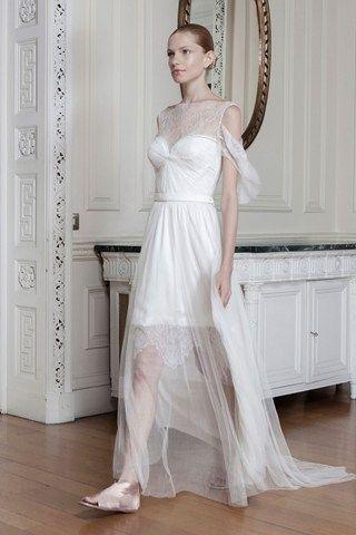 Η διεθνώς βραβευμένη Eλληνίδα σχεδιάστρια Σοφία Κοκοσαλάκη! Το όνομα που ταυτίστηκε με το ελληνικό design!  http://www.sophiakokosalaki.com/ #Sophia, #kokosalaki, #wedding, #gowns Best Designer Wedding Dresses - Vera Wang & more (BridesMagazine.co.uk) (BridesMagazine.co.uk) www.lovetale.gr