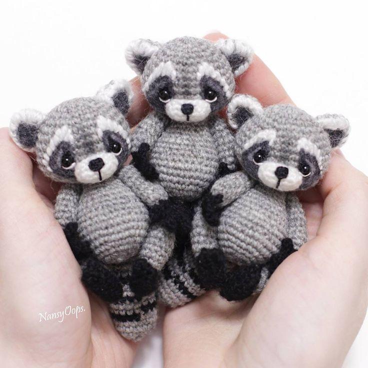 Amigurumi Raccoon Pattern Free : 15 Must-see Raccoon Craft Pins Kissing hand activities ...