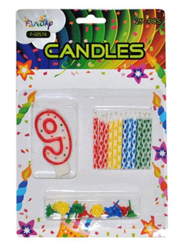 Verjaardag kaarsen set nummer 9. Deze kaarsen prikt u bijvoorbeeld in een verjaardagstaart. U ontvangt een groot cijfer en 12 kleine gekleurde kaarsen. Inclusief prikker.