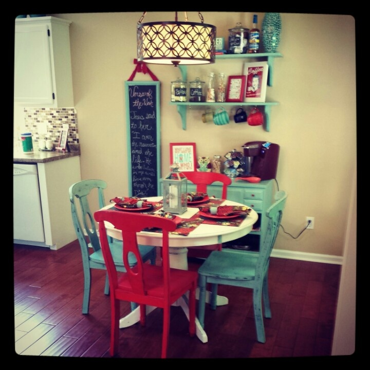 Aqua, red and white kitchen - my table and chairs? Or all black?