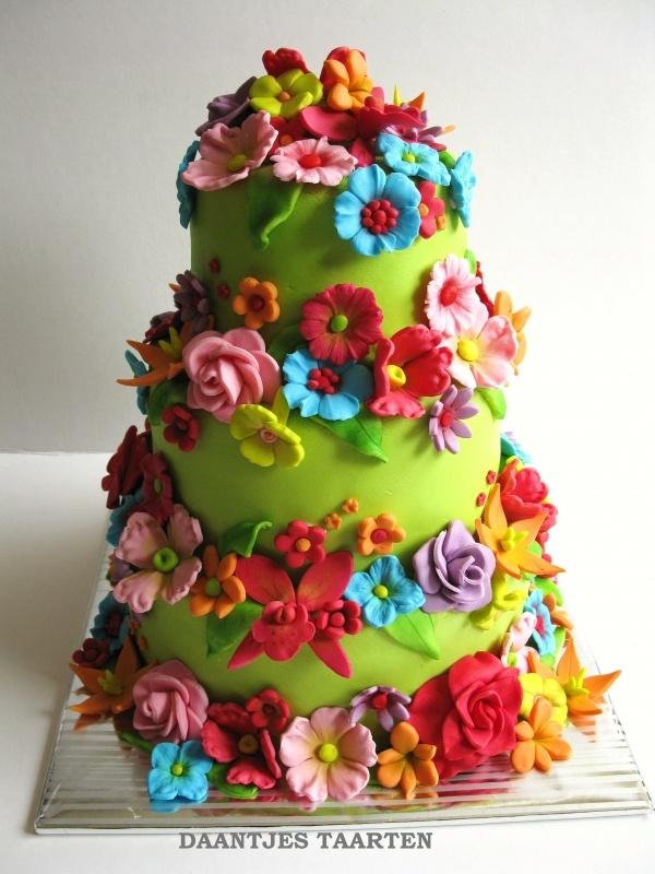 @KatieSheaDesign ♡❤ #Cakes ❤♡ ♥ ❥  Flower Cake