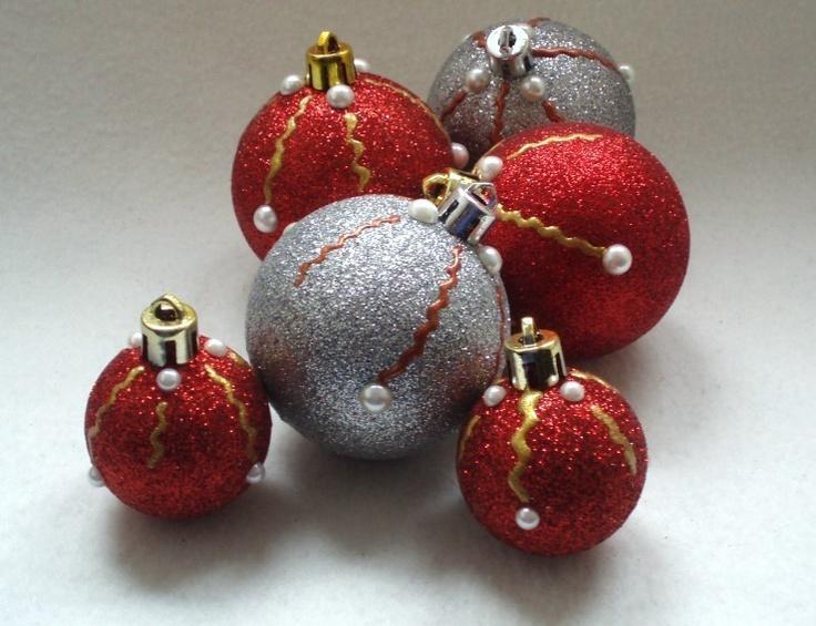 Geschenkidee - Christbaumkugeln Weihnachtskugeln GLITTER PEARLS - 6er-Set    Handbemalt, mit Halbperlen verziert und in einer wunderschönen Farbzusammenstellung