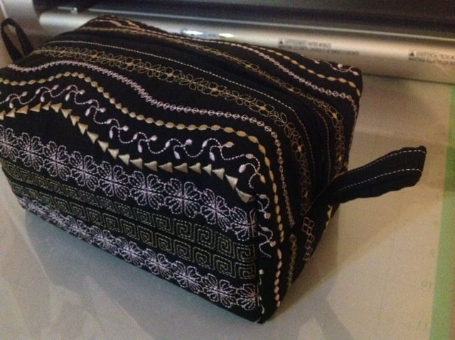 box bag in the hoop embroidery geraldines academy studio