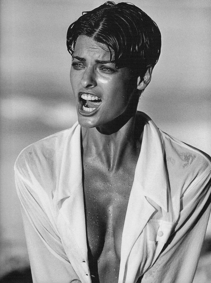 Linda Evangelista, Vogue Italy, Bahamas, 1989 - Peter Lindbergh one of my favorite pictures of her! -repinned by Orange County studio photographer http://LinneaLenkus.com  #photography                                                                                                                                                      More