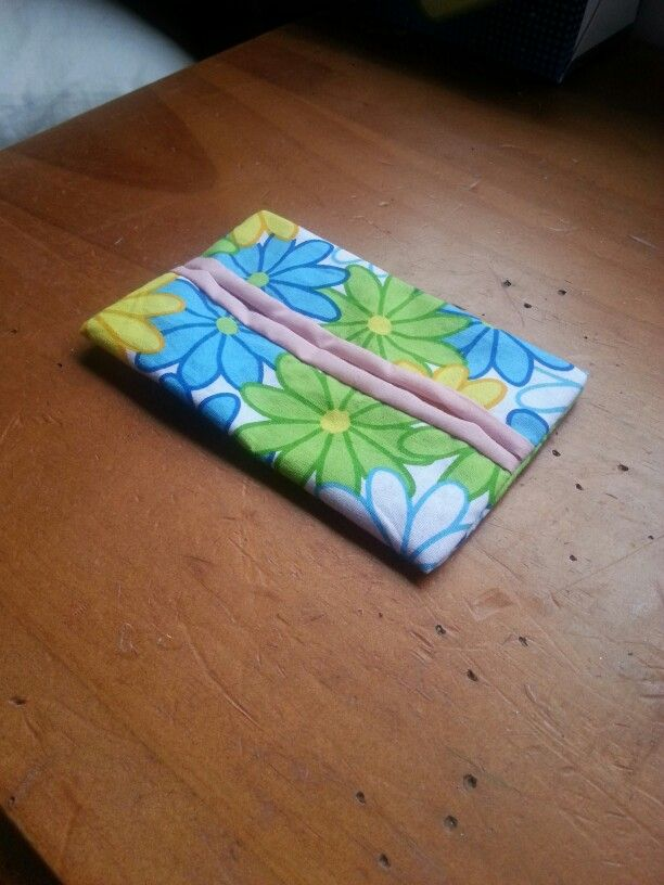 Pocket tissue holding for going back to school. Using two scraps: 5.5 x 6.5 for outer fabric and 5.5 x 7.5 liner.  #backtoschool #tissue #organiseideas
