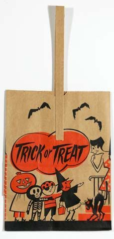 A great 1950s bag with a kids trick or treating design. It is 11.5 inches tall. Item #913