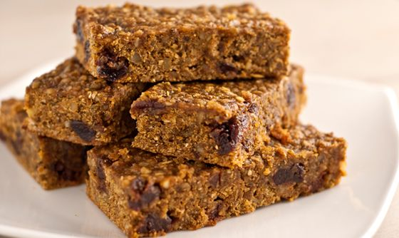 Also want to try these vegan Superfood Energy Bars for longer runs. Recipe found here: http://theveganroad.com/recipes/superfood-energy-bars/