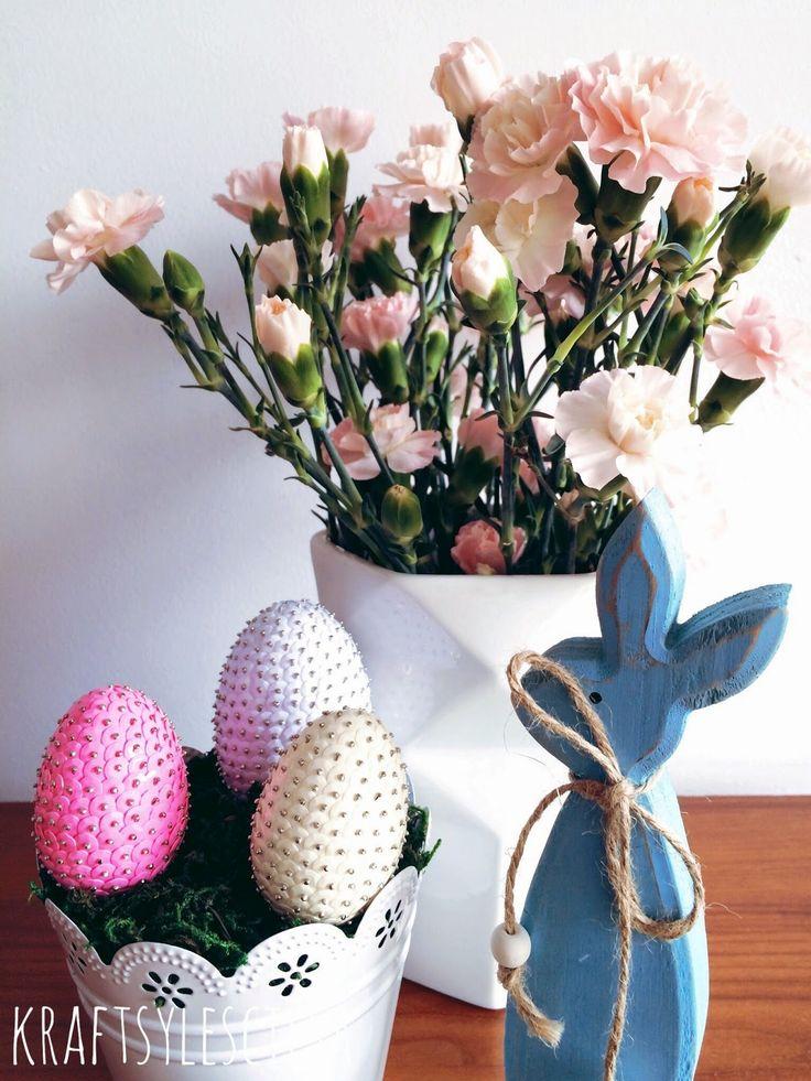 Wielkanocne cekinowe jaja. Więcej na kraftsylescilsa.blogspot.com #wielkanoc #cekinowejaja #easter #homedecor #diy #cekiny