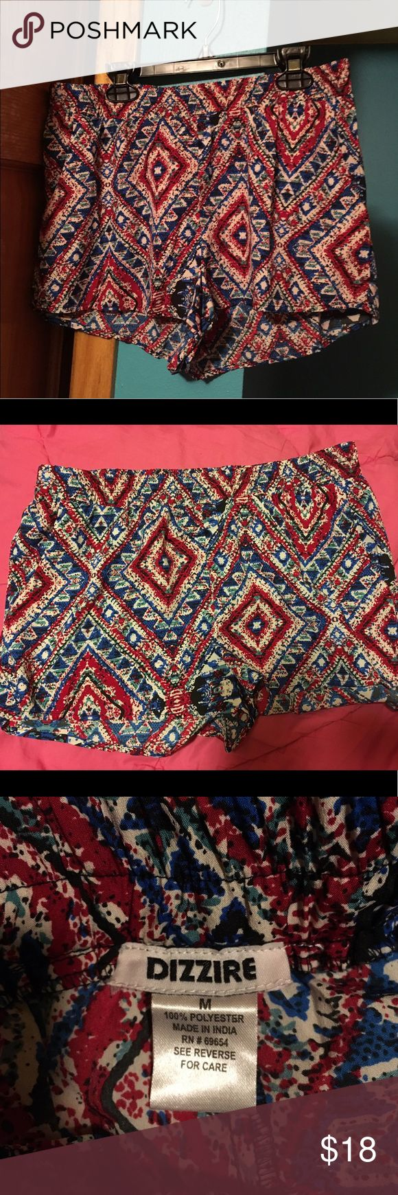 Dizzire Aztec shorts Dizzire Aztec shorts with pockets. New without tags. Excellent condition. Size medium. Willing to negotiate or trade:) Dizzire Shorts