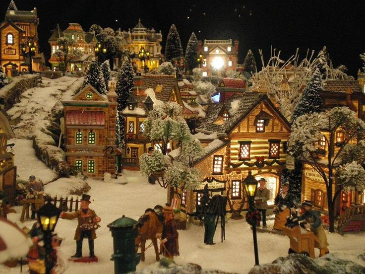 732 best images about christmas village on pinterest miniature model train layouts and waterfalls - Village de noel miniature ...