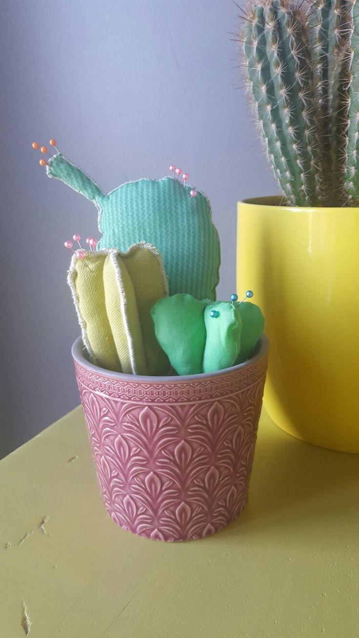 Diy couture. Coussin cactus à épingle.