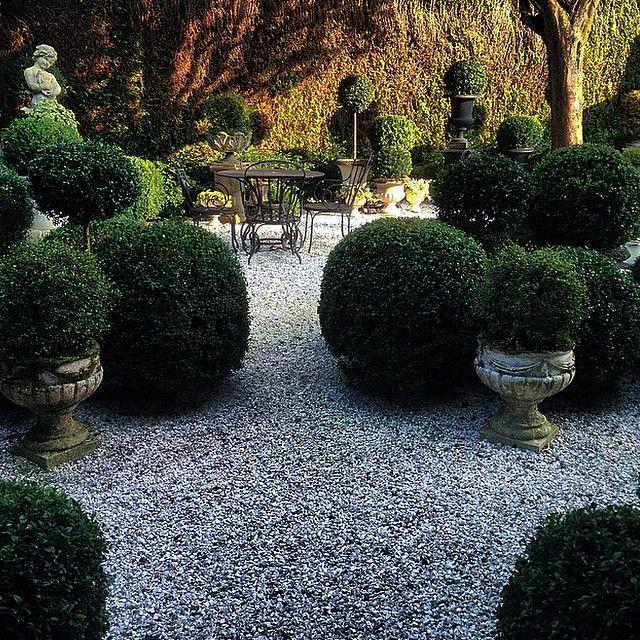 114 Best Garden Images On Pinterest: 25+ Best Ideas About Pea Gravel Garden On Pinterest