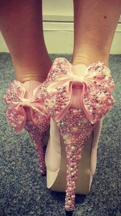 I could never walk in these let alone create something so beautiful! Pretty in pink is definitely suitable here!