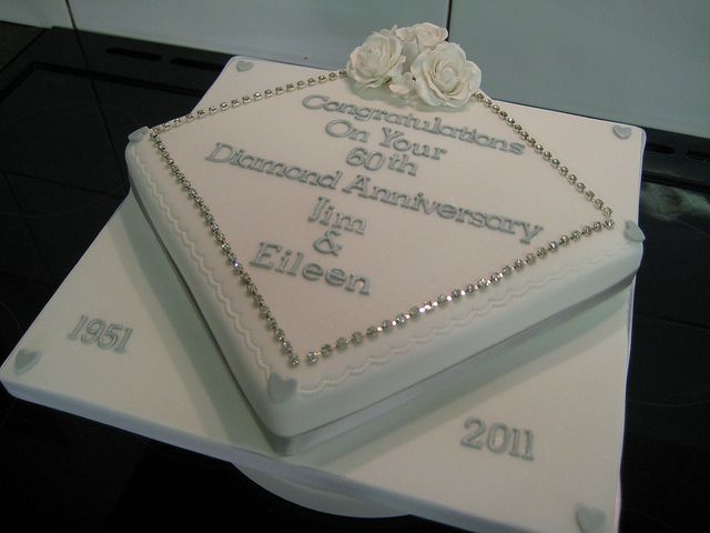 Cake Decorations For Diamond Wedding Anniversary : 60th anniversary diamond cake 60th wedding anniversary ...