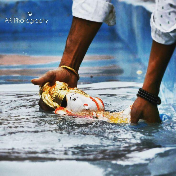 New pin for Ganpati Festival 2015 is created by by the_akashriti with Ganpati visarjan .... गणपत गल गवल चन पड़ न आमहल .गणपत बपप मरय पढचय वरष लवकर य... #ganpatibappa #morya #punediaries #puneinstagrammers #pune #puneclickarts #punekar #culture #god #godisgood #godbless #photographylovers #instadaily #instagood #instafollow #likeforlike #like4like #followforfollow #ganpativisarjan #mumbai_mylove #mumbaimerijaan #mumbaidiaries