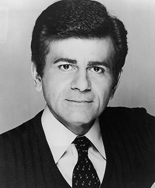 Radio Legend Casey Kasem Dead at 82 'American Top 40' mainstay and voiceover actor's career spanned seven decades