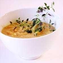 Vegetarisk ärtsoppa - Recept - Tasteline.com