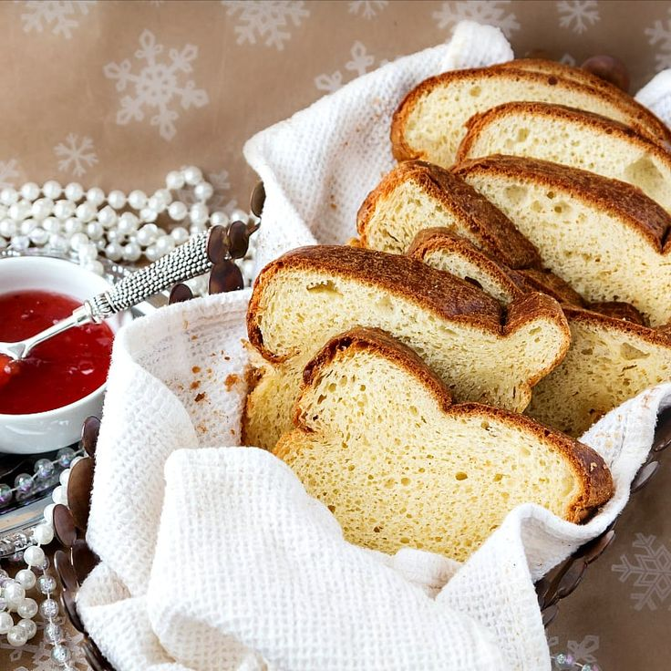 This champagne yeast brioche loaf recipe yields a rich, buttery, tender, and wonderful loaf of brioche. Using champagne yeast in the dough makes this the perfect bread to serve at your New Year's Eve party. Enjoy! | pastrychefonline.com