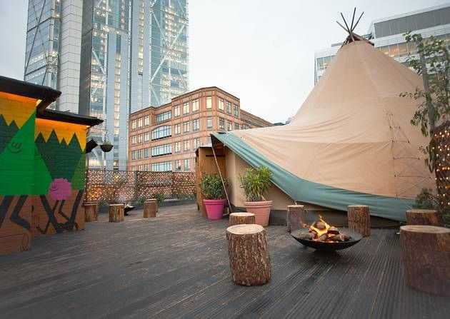 WigWam at Queen of Hoxton- london Like a festival in the sky,the aroma of bomb fires take you away from the hustle of the City way below. http://www.queenofhoxton.com/