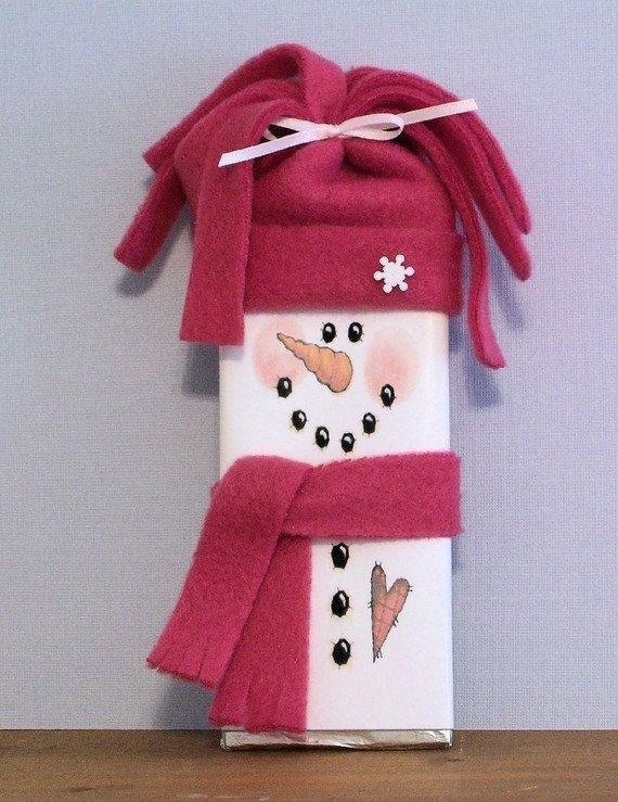 """Snowman Candy Wrapper""  printable @ http://clutterbug.me/wp-content/uploads/2011/02/Snowman-Candy-Wrapper.jpg#"