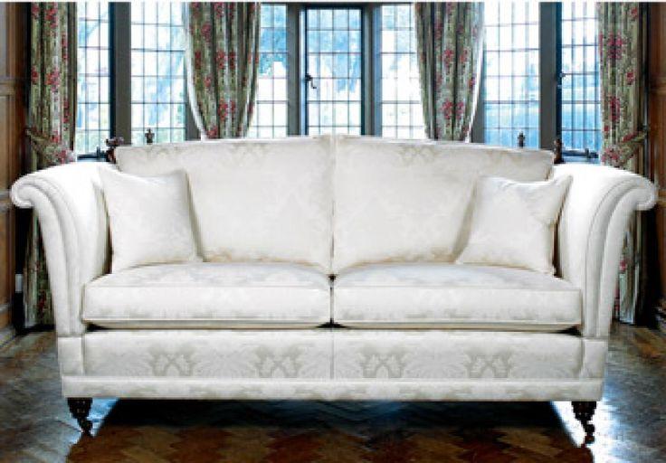 GESTOFFEERDE SOFA'S - Ter Faem - Meubelwerkstede - Producent van artistieke ambachtelijke meubelen - Tafels - Stoelen - Kast - Salon - Bureel - Herstoffering - Gavere