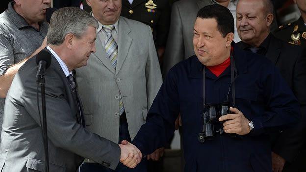 REAPARICIÓN DE HUGO CHÁVEZ EN LA TELEVISIÓN VENEZOLANA - via http://bit.ly/epinner