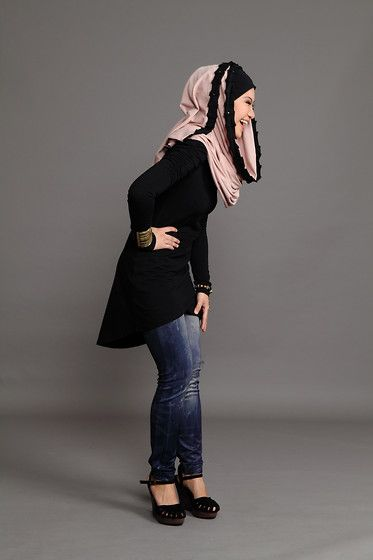 happy hijabi