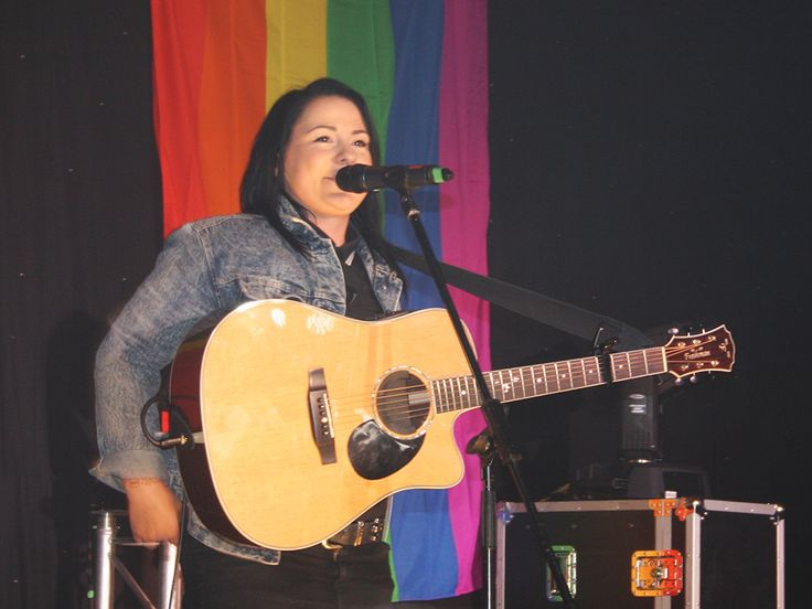 Essex Pride 2014 Lucy Spraggan