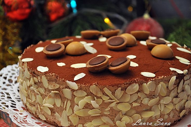 Dragii mei, am facut acest Tort Toffifee cu gandul la voi. Si cu gandul la Bogdi, care adora aceste bombonele de caramel, umplute cu nuga si ciocolata. Pentru ca noul an sa ne gaseasca mai veseli, mai ancorati intr-un decor dulce si optimist 😛 Nu va spun prea multe, ca altadata, ci doar un simplu …