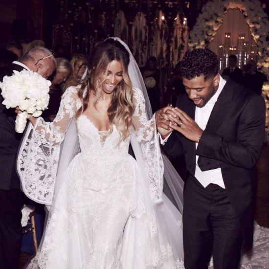 Ciara se casa com Russell Wilson na Inglaterra #Cantora, #Famosos, #Festa, #Futebol, #Kelly, #Noticias, #Popzone http://popzone.tv/2016/07/ciara-se-casa-com-russell-wilson-na-inglaterra.html