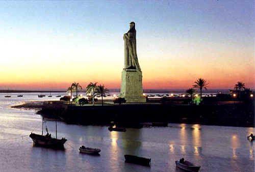 Huelva, monumento a los descubridores