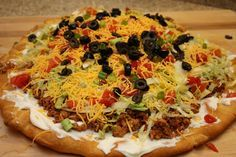 Mexican Fiesta Salad Pizza - This Pampered Chef recipe was great!