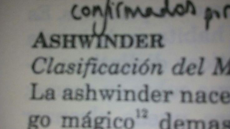 Ashwinder: serpientes que nacen de las cenizas paara poner sus huevos en los ricones mas oscuros de la casa. 🐍
