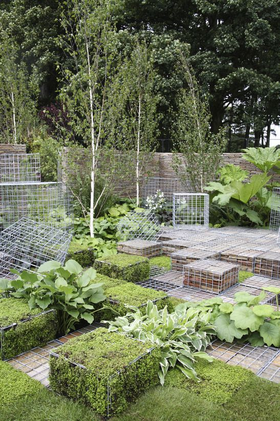 Landscaping With Wire Mesh Crates.