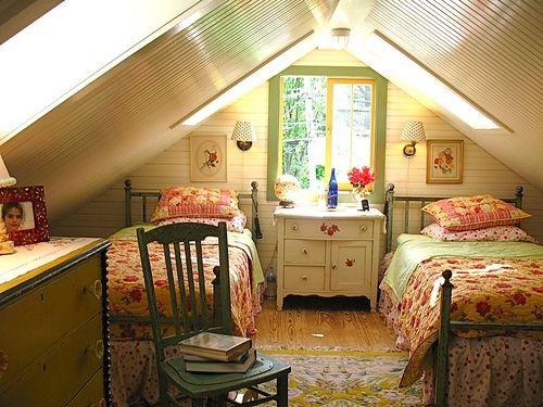 Cute Room!: Little Girls, Attic Bedrooms, Bedrooms Design, Attic Spaces, Twin Beds, Attic Rooms, Guest Rooms, Girls Rooms, Kids Rooms