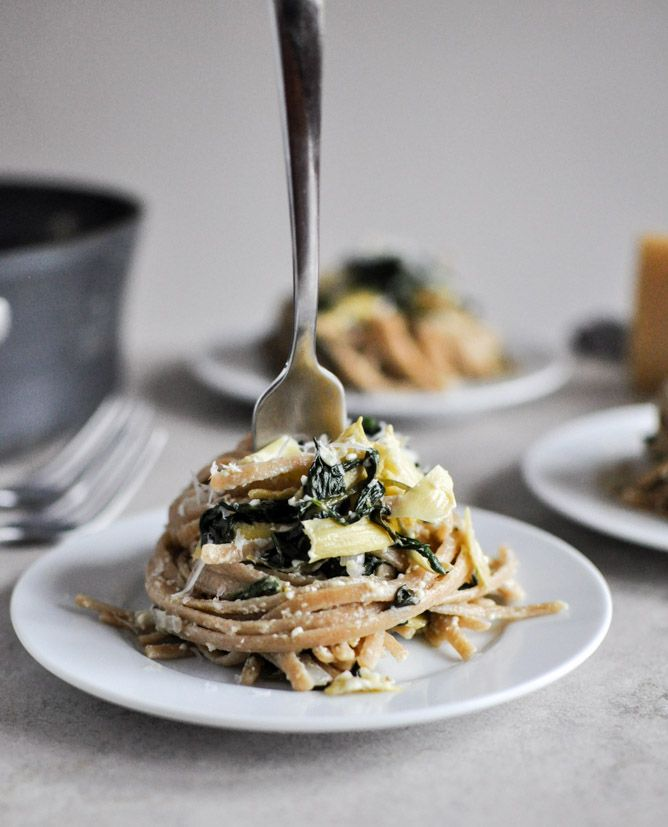 Spinach and Artichoke Linguine I howsweeteats.com