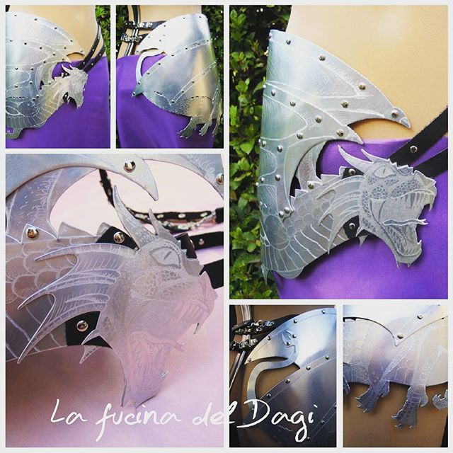 Dragon Belt,  in metal & leather, on sale ! follow us  on FB, click link in the bio ! #lafucinadeldagi #handmade #metalwork #fantasy #fantasyart #dragon #cosplay #cosplayer #accessories #gamesofthrones #eragon #dragonheart #drake #draghi #medieval #amazing #fashion #design #altfashion #alternativeoutfit #alternativexfashion #amazing #cool #belt #gothgoth #gothic #gothicfashion #shop #targaryen #likeforlike #dragontrainer