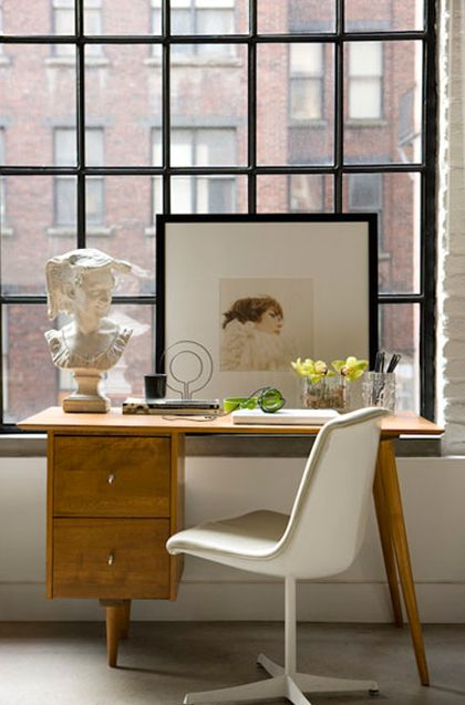 I absolutely love every inch of this workspace. #stylingyourspace #interiordesign