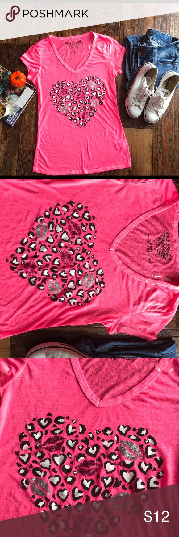 Medium Pink kisses 😘 leopard print sheer top In gently used condition Sheer style Top with cute print. Casual Wear Size M by Rocker Girl All Access Entertainment Size 7/9 Woman rocker girl Tops Tees - Short Sleeve