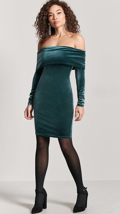 With an impeccable matte finish, these semi-opaque tights from Falke give skirts and dresses a modern update. A smooth velvet knit mini dress featuring an elasticized off-the-shoulder neckline with a foldover design, long sleeves, and a bodycon silhouette. #tights #pantyhose #nylons #hosiery