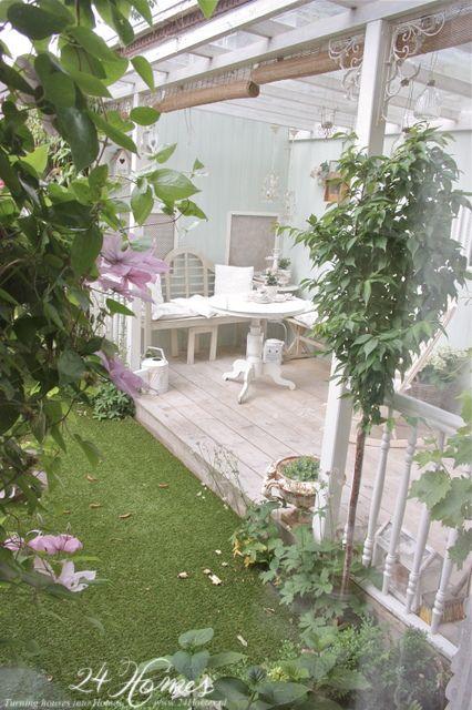 The Porch  www.24Homes.blogspot.com